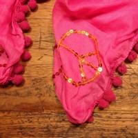 Halstuch mit Bommel pink